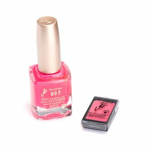 Nagellak 09 en oogschaduw 463 color participation Roze