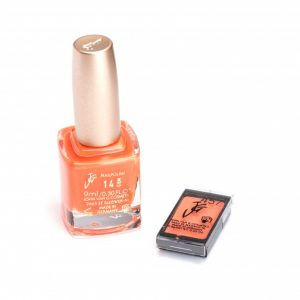 Nagellak 14 en oogschaduw 457 color participation Oranje